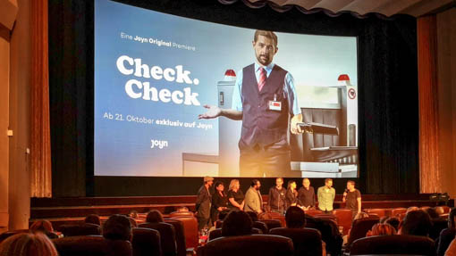 Check Check Premiere in Berlin